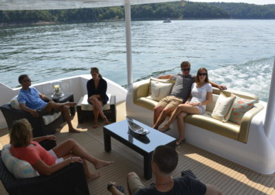 trifecta_houseboats_008-10-1080x721